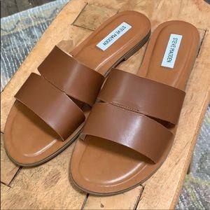 Steve Madden leather slide
